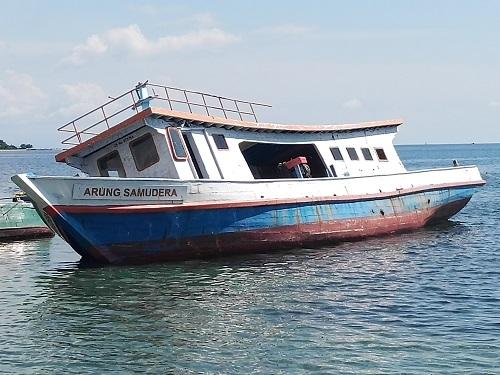 Salah satu aset kapal milik Pemda Parimo yang dikelolah oleh koperasi tasi buke katuvu